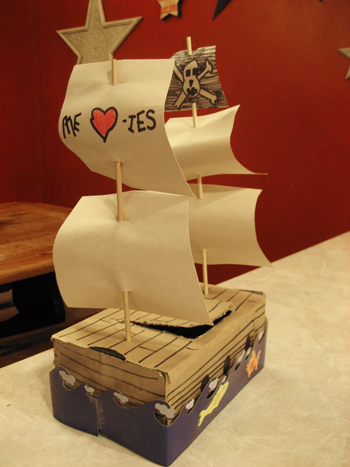 valpirateship Valentine Shoe Boxes